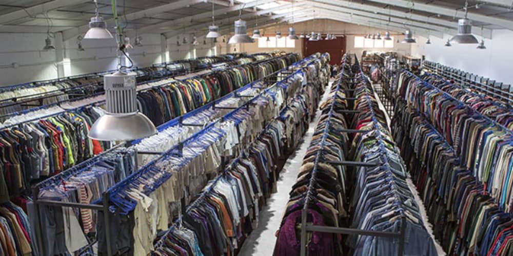 Alquiler-de-vestuario-Peris-Costumes-Home-Nuestras-Instalaciones